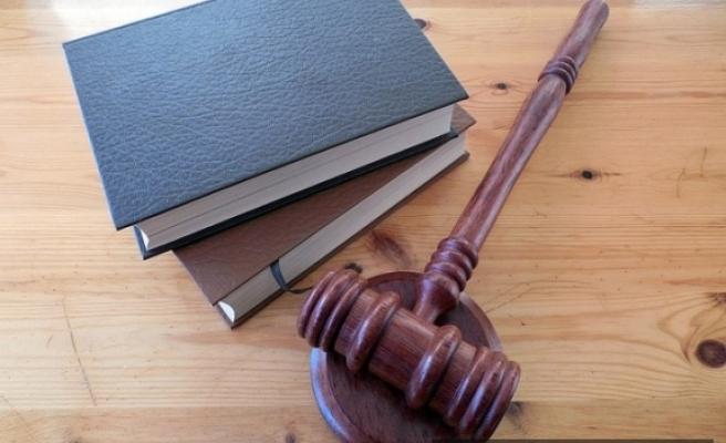 Hâkim adaylığı sınavına girmek ve avukatlık veya noterlik stajına başlamak için Hukuk Mesleklerine Giriş Sınavı