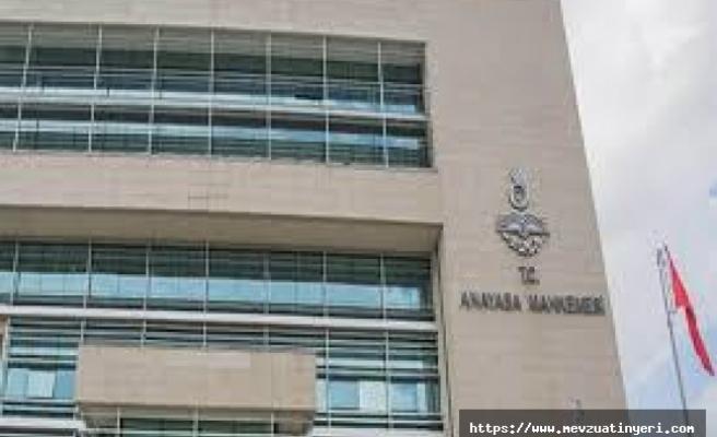 Anayasa Mahkemesinden memurun özel hayatında işlediği fiiller sebebiyle tayin edilmesi hakkında önemli karar