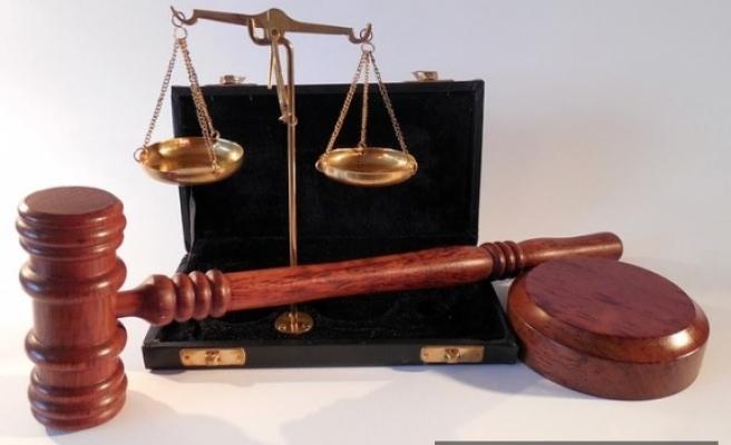 Memura hizmet dışında işlemiş olduğu suçlardan dolayı  disiplin cezası verilebilir mi
