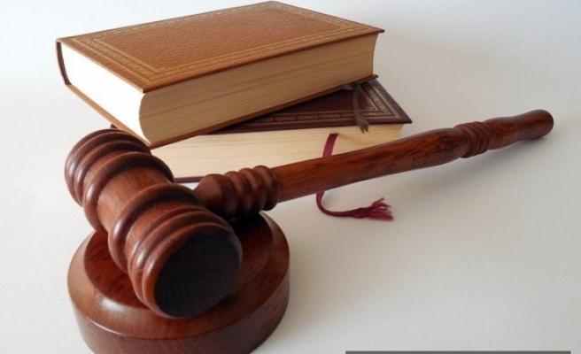 Hırsızlık suçu hakkında adli yargıda ceza almayan memurun atılması