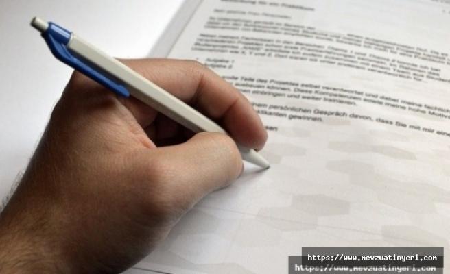 Evrak üzerine yönerge hükümlerini inceleyiniz şeklinde not yazmak disiplin suçu olur mu?