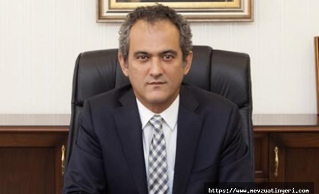 Milli Eğitim Bakanı ve Bakan Yardımcıları değişti