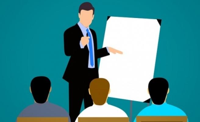 Memurun siyasi parti toplantılarına katılması mümkünmü?