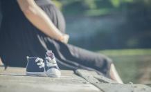 Aylıksız İzinde Hamile Olan Memur Analık İzni Alabilir mi?
