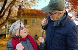 Emekli Aylığı Alan Anne ve Baba İçin Sürekli Görev Yolluğu Alınır mı?