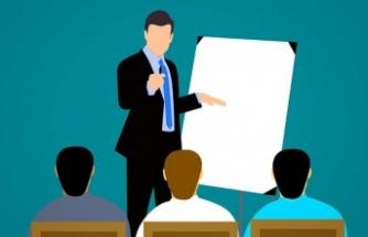 Hayat boyu öğrenme kurumlarında ders programını kim hazırlayacak?