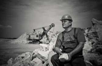 Kamu işçisi geçici görevli olduğu günler için fazla çalışma ücreti alabilir mi?
