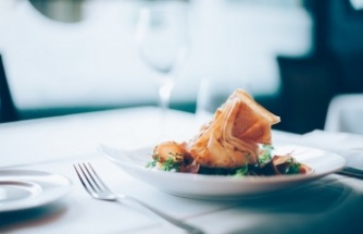 Belediye meclis toplantılarında meclis üyelerine temsil ağırlama kapsamında yemek verilmesi