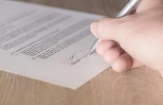 Birim fiyat teklif mektubunun ilk sayfasının imzasız olması teklifi geçersiz kılar mı?