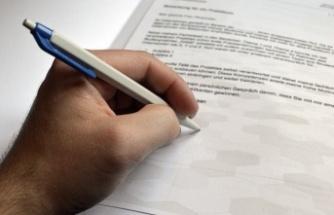Sözleşme yapma yetkisine sahip olmayan memurun sözleşme imzalaması