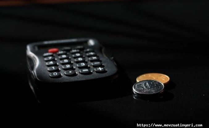 Aile Bakanlığında kadroya geçen taşeron  işçilere fark ödemesi yapılacak