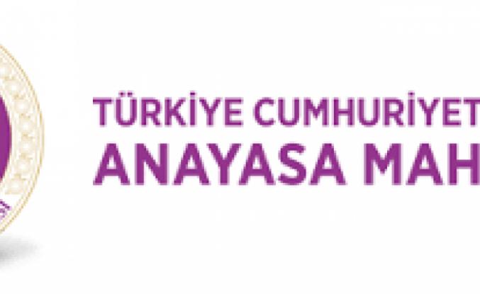 Devlet üniversitelerindeki öğretim üyeliği görevi ile Türkiye Cumhuriyet Merkez Bankası Meclis Üyeliği görevi birleşemeyecek