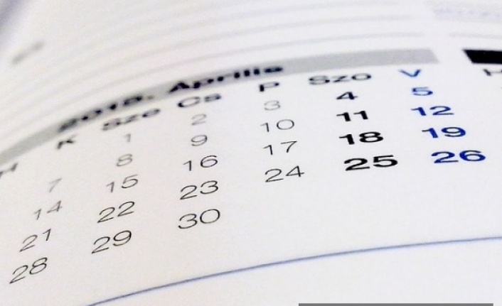 Doğuma bağlı aylıksız izinlerin memurun hizmetinden  sayılması